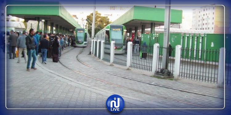 محطة برشلونة : نطار يفتك هاتف فتاة  على متن الميترو رقم 5