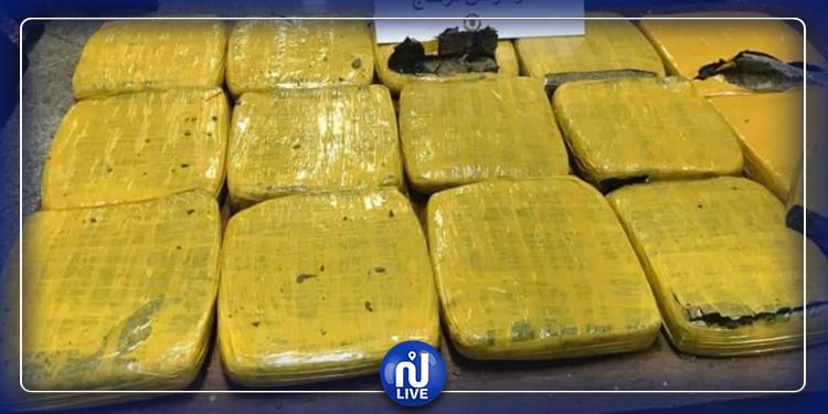 ضبط 6 كلغ ماريخوانا بحوزة مسافر في مطار تونس قرطاج