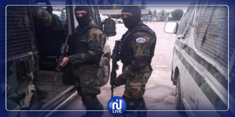 القبض على 3 عناصر إرهابية