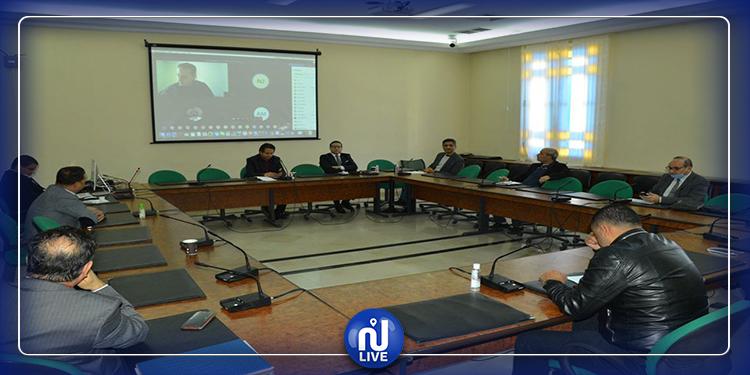 لجنة النظام الداخلي تواصل مناقشة فصول مشروع قانون التفويض لرئيس الحكومة