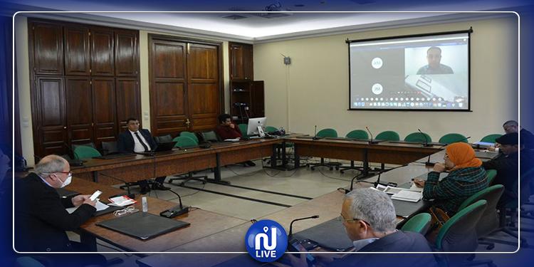 لجنة النظام الداخلي تواصل مناقشة مشروع قانون التفويض لرئيس الحكومة