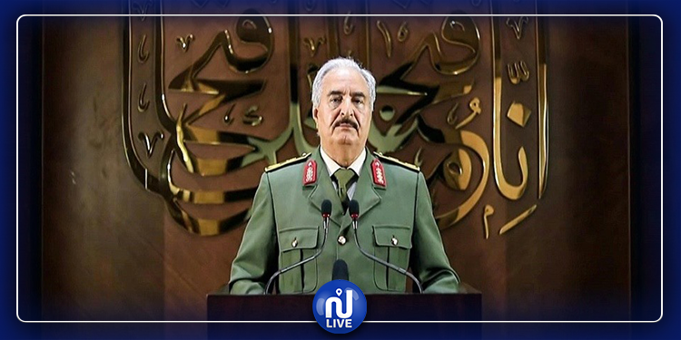 """Libye : Haftar s'autoproclame dirigeant et Tripoli dénonce un """"coup d'Etat"""""""