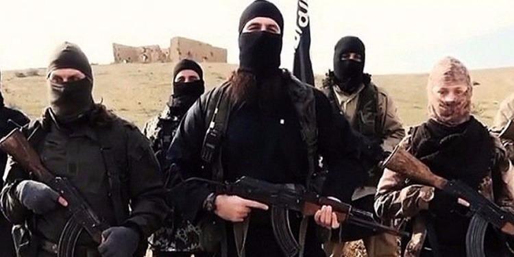 """أزمة نقدية أجبرت تنظيم """"داعش"""" على تقليص رواتب مقاتليه إلى النصف"""