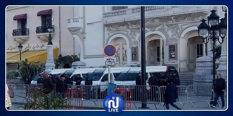 Tunis: 2 manifestations interdites contre un 5e mandat 2 Bouteflika
