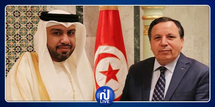 تونس تعبّر عن تضامنها مع دولة الإمارات بعد استهداف أربع سفن بالفجيرة