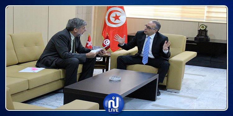 الأموال الموجودة بالخارج محور لقاء وزير العدل بسفير سويسرا بتونس