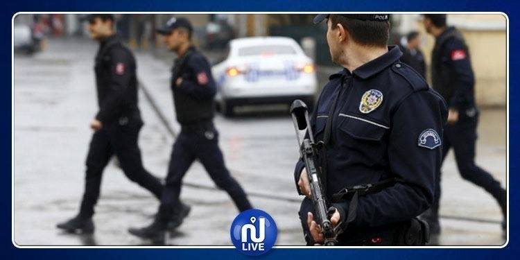 السلطات التركية تأمر باعتقال 122 ضابطا عسكريا