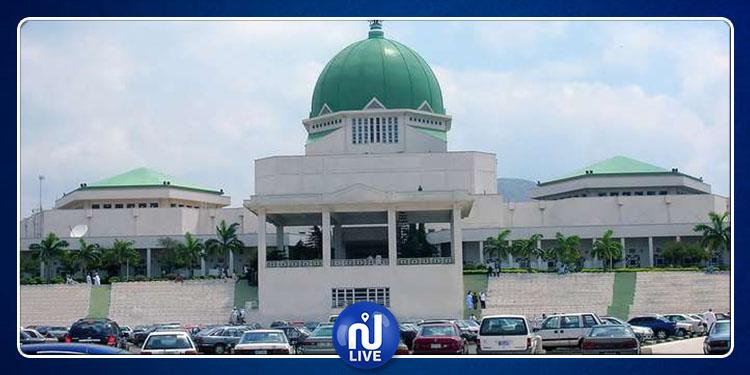 نيجيريا: إغلاق مقر البرلمان بعد إطلاق نار