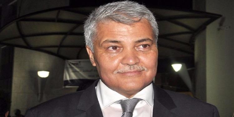 بسبب نشرها إجتماعات لمناصريه : عميد المحامين يقاضي محامية