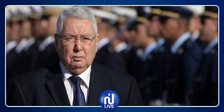 الجزائر: الرئيس المؤقت يقيل النائب العام ومدير ديوان مكافحة  الفساد