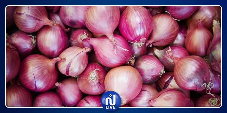 مغاربة يطلقون حملة ''خليه يخناز'' لمقاطعة شراء البصل!
