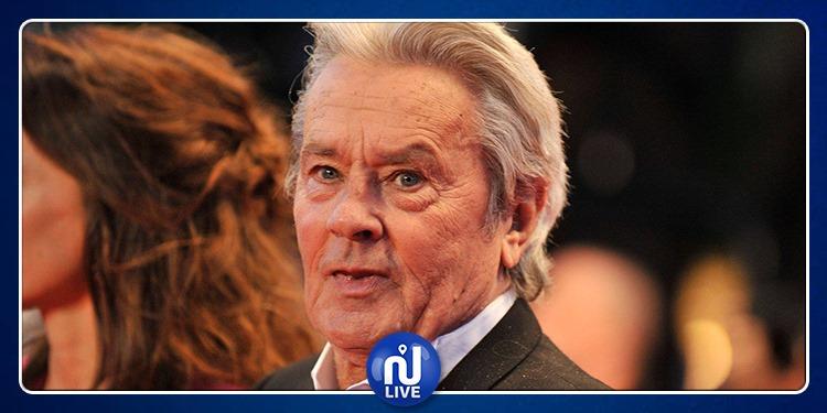 Festival de Cannes: Alain Delon privé de la palme d'honneur ?