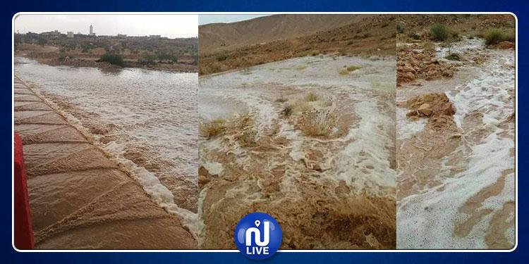تطاوين: أمطار غزيرة بذهيبة وبداية سيلان الوادي