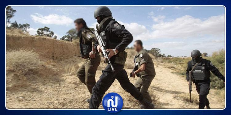 ضبط 14 أجنبيا اجتازوا الحدود التونسية الجزائرية خلسة