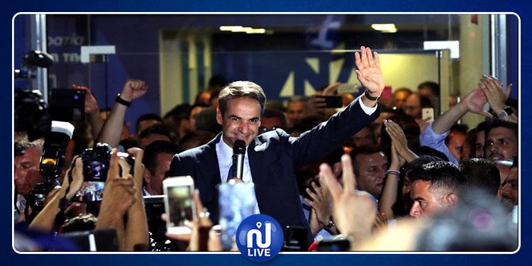 انتخابات اليونان: فوز كبير للمحافظين على حساب اليسار