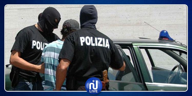إيطاليا: القبض على 3 تونسيين عادوا إلى البلاد بعد طردهم منها