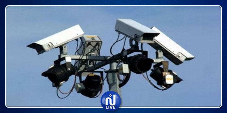 تركيز عشرات الآلاف من كاميرات المراقبة في الطرقات