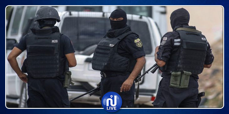 بنزرت: القبض على 4 أشخاص للاشتباه في انتمائهم لتنظيمات إرهابية