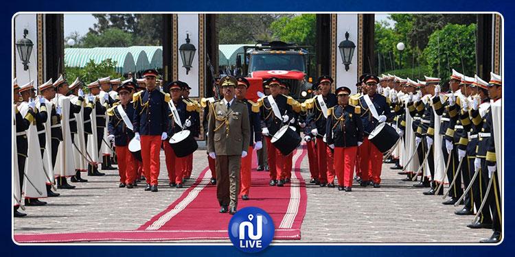 جثمان الرئيس الراحل الباجي قائد السبسي يغادر قصر قرطاج إلى مثواه الأخير