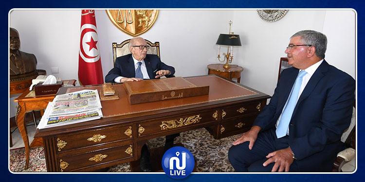 الباجي قايد السبسي يستقبل وزير الدفاع الوطني