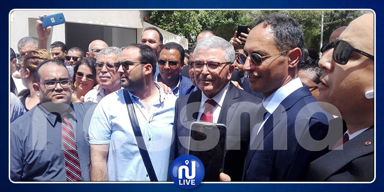 عبد الكريم الزبيدي يقدم ترشحه للانتخابات الرئاسية