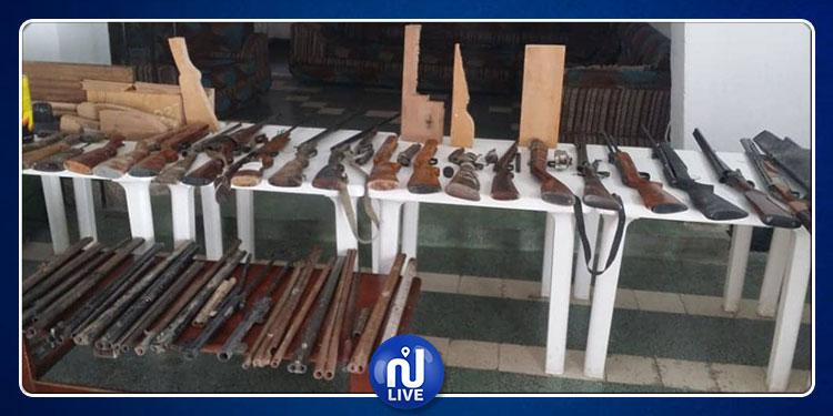 قفصة: ستّيني يحوّل قبو منزله إلى ورشة لتصنيع الأسلحة (صور)