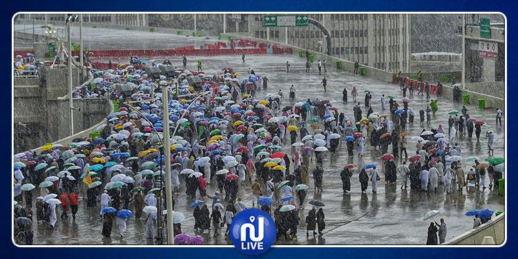 أمطار غزيرة بالمشاعر المقدسة (صور)