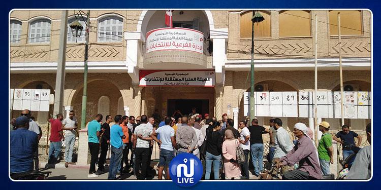 توزر: حالة احتقان أمام مقر الهيئة الفرعية للانتخابات