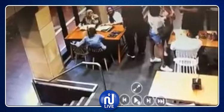 أسترالي يعتدي بالضرب على محجبة حامل بلا أي سبب (فيديو)