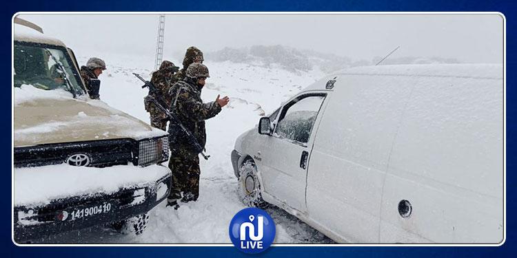 الجزائر: مناطق معزولة وطرقات مقطوعة بسبب الثلوج (صور)