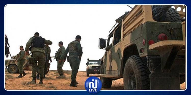 الوحدات العسكرية تحجز سلاحين من نوع كلاشنيكوف وبندقية صيد