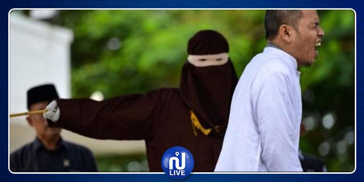 إقامة حد الزنا على ''واضع'' عقوبة الزنا بعد ضبطه متلبسا مع امرأة (صور)