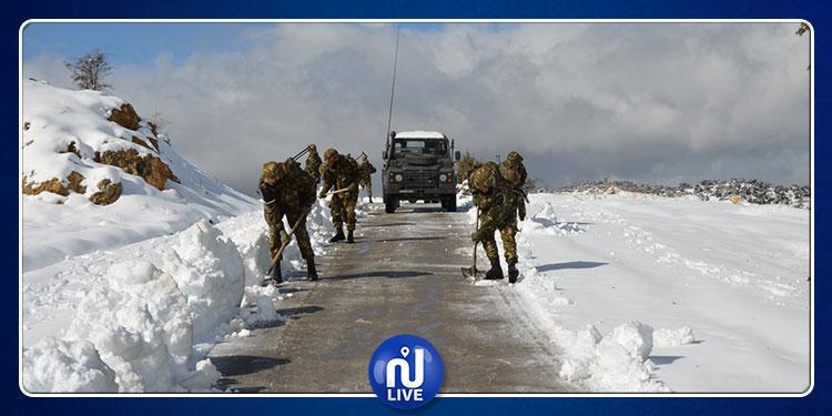 الجزائر: الثلوج تقطع الطرقات في 10 ولايات