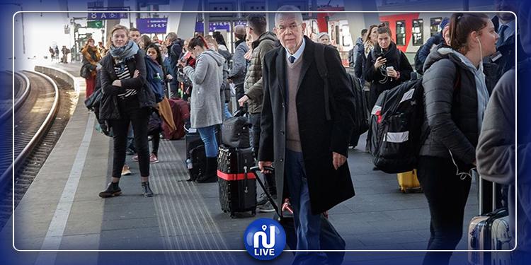 رئيس النمسا يستقل القطار مع عامة الناس للذهاب إلى إيطاليا في مهمة رسمية!