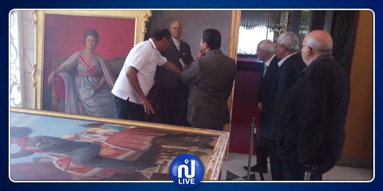 الشروع في ترميم اللوحات الفنية التابعة للحبيب بورقيبة (صور)
