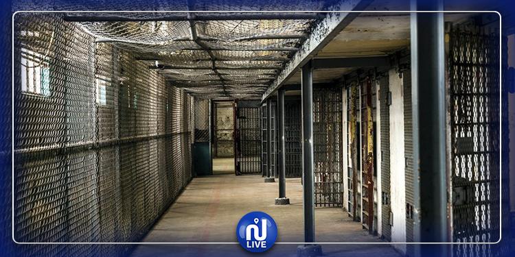 أشبه بأفلام هوليود..80 سجينا يحفرون نفقا ويفرّون من السجن (فيديو+صور)
