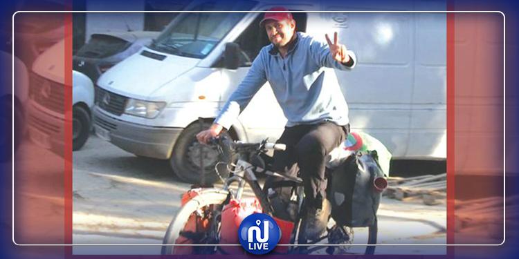 انطلق من تونس العاصمة: شاب تونسي يصل إلى الجزائر العاصمة عبر دراجة هوائية