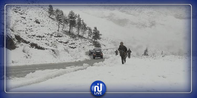 الثلوج تعزل قرى ومناطق جبلية جزائرية