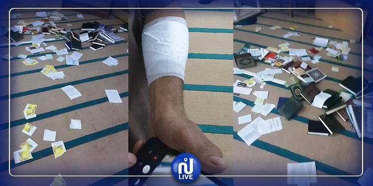 المرسى: تمزيق مصاحف ومحاولة تخريب جامع الرحمان والاعتداء على الإمام بآلة حادة (صور)