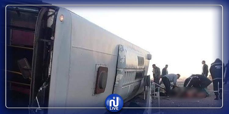 مجزرة مرورية: 7 قتلى و25 جريحا في انقلاب حافلة بسوق أهراس
