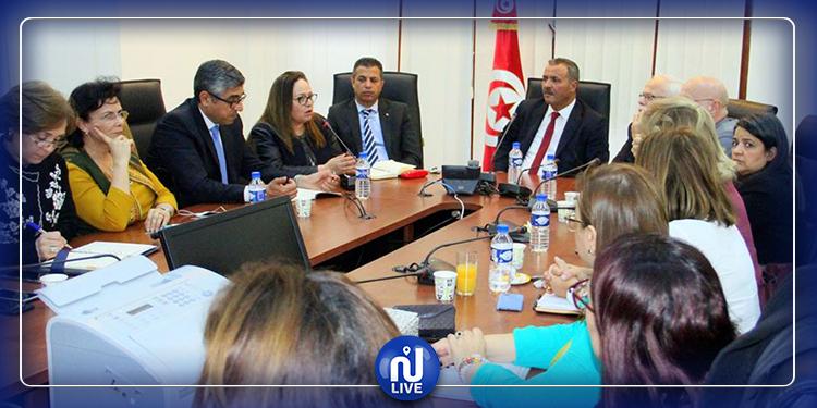 جلسة عمل في وزارة الصحة حول التوقي من فيروس كورونا المستجد