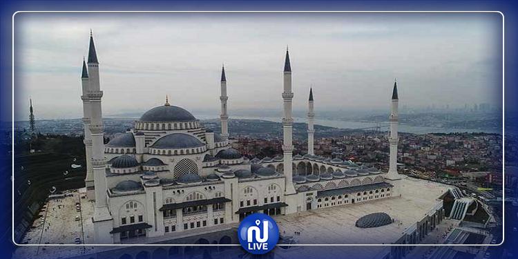 أغنية ''بيلا تشاو'' بدل الأذان في 30 مسجدا بتركيا!