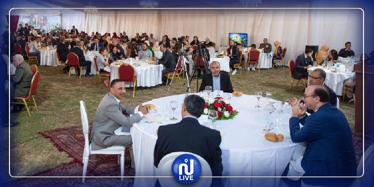 مأدبة إفطار تكريما لعائلات شهداء وجرحى العمليات الإرهابية