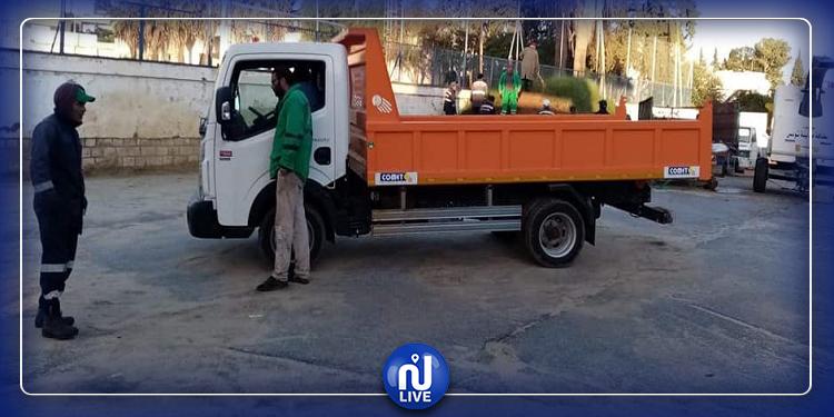 بلدية المنزه تعجز عن التزود بالبنزين لشحانات النظافة!