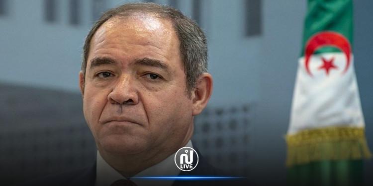 وزير الخارجية الجزائري يحل بتونس في زيارة عمل