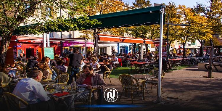 فرنسا تغلق المقاهي والحانات في مرسيليا وغوادالوب