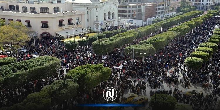 بلدية تونس تنفي مطالبة الداخلية بمنع التظاهر بشارع الحبيب بورقيبة