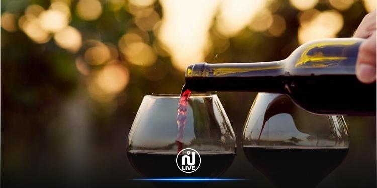 مشروع قانون المالية: الترفيع في تعريفة المعلوم على الاستهلاك المستوجب على الخمور والمنتجات البترولية