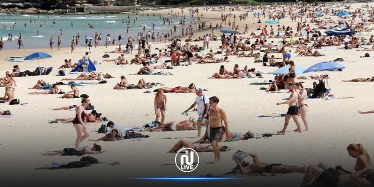 الحرارة بلغت 40 درجة: الأستراليون يفرّون إلى الشواطئ من شدّة الحر