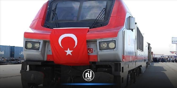 يعبر قارتين وبحرين مرورا بـ5 دول.. تركيا تطلق أول قطار تصدير إلى الصين